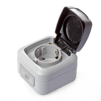 Watertight schuko socket